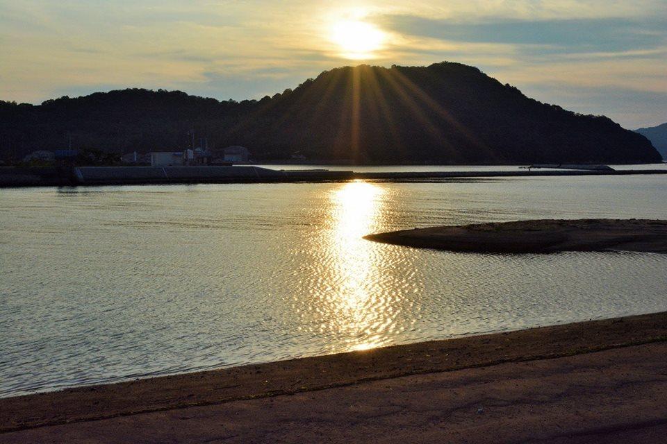 【さぬき市】〈ファインダー越しのさぬき市〉鴨部川の河口